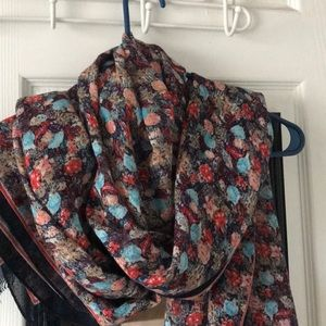 NEW LISTING! J.Crew floral scarf